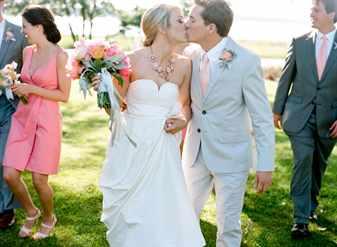 Можно ли брать свидетелей на свадьбу женатых