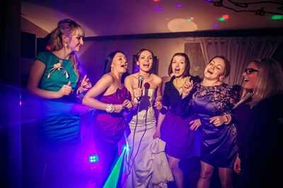 Какую песню спеть на свадьбу невесте