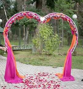 Украшение двора на свадьбу своими руками