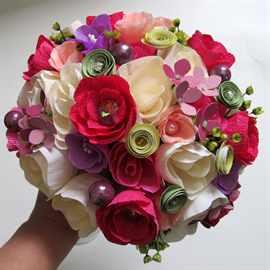 Букет из бумажных роз