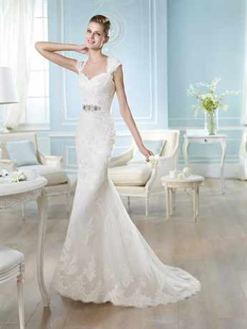 Свадебные платья кружево со шлейфом