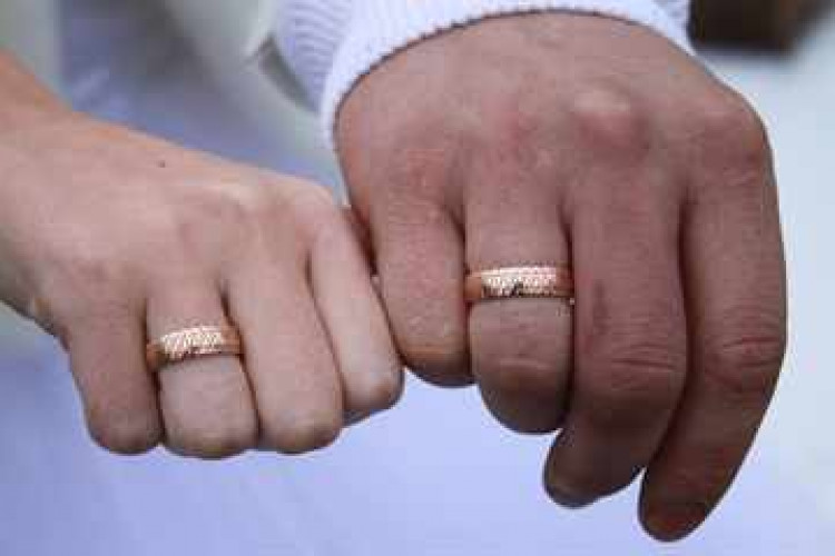 кольца с бриллиантами из белого золота
