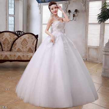 Беременная невеста в свадебном платье