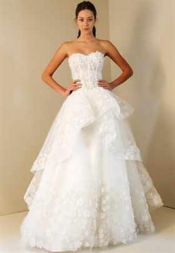 Свадебное платье с корсетом занимает лидирующие позиции в мире свадебной моды