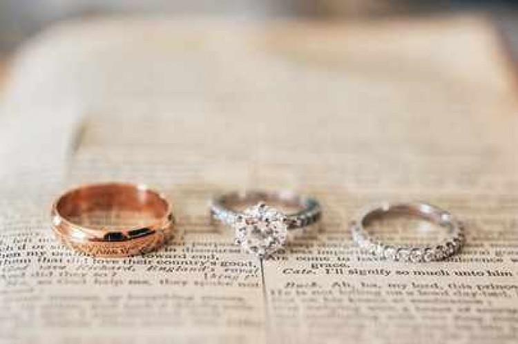 Комплект колец Комплект обручальное и помолвочное кольцо 152a3f725d6