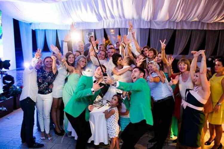 Веселые поздравления на свадьбу от сказочных героев