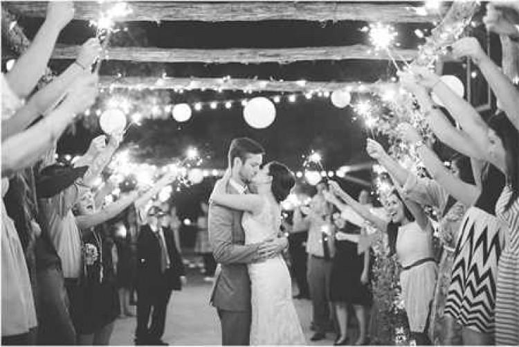 Поздравление лучшему другу со свадьбой своими словами