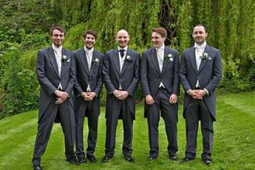 Свидетель парень на свадьбе