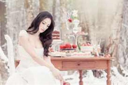 zimnyaya-svadba-v-stile-belosnezhki-22