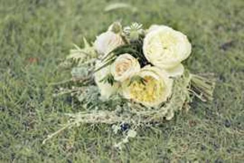 english-garden-wedding-31