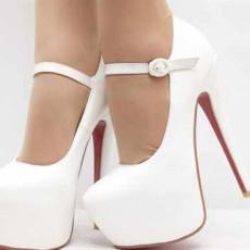 4c57da565829 Нужно выбрать одну пару обуви на весь день. Невесте нельзя менять туфли в  день свадьбы. Есть поверье, что если менять обувь на свадьбе, ...
