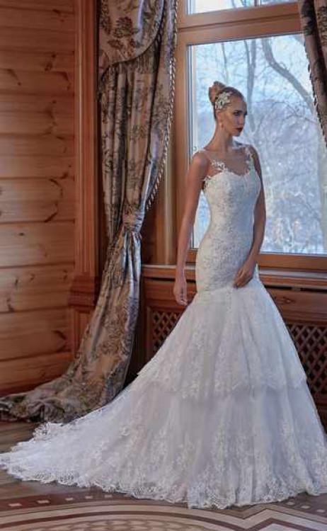 3c173c01bbe449d Традиционные зимние образы невесты. Выбор свадебного платья для свадьбы ...