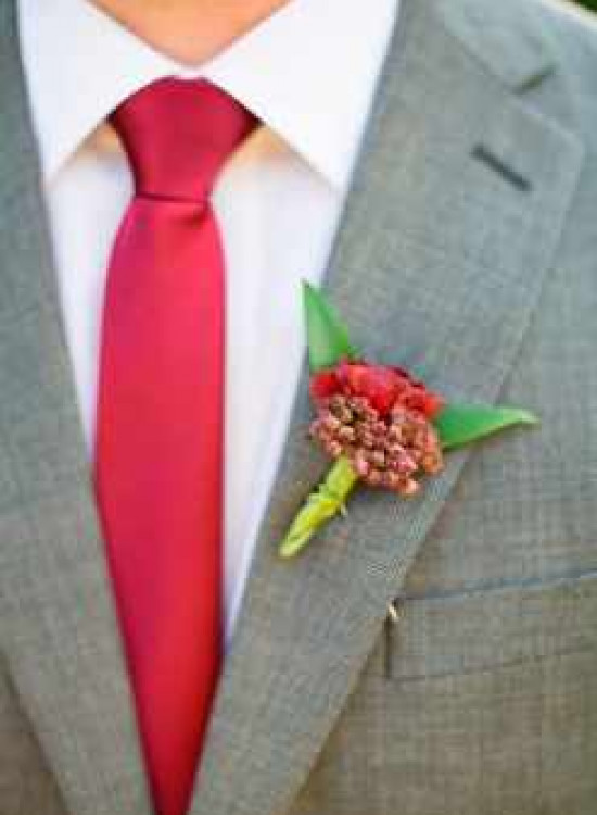 Галстук к светлому костюму свадьба