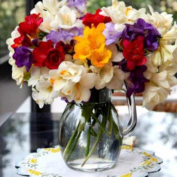 Бутоньерка из живых цветов, как сделать самостоятельно