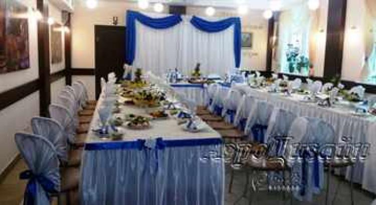 Свадьба в бело синем цвете.
