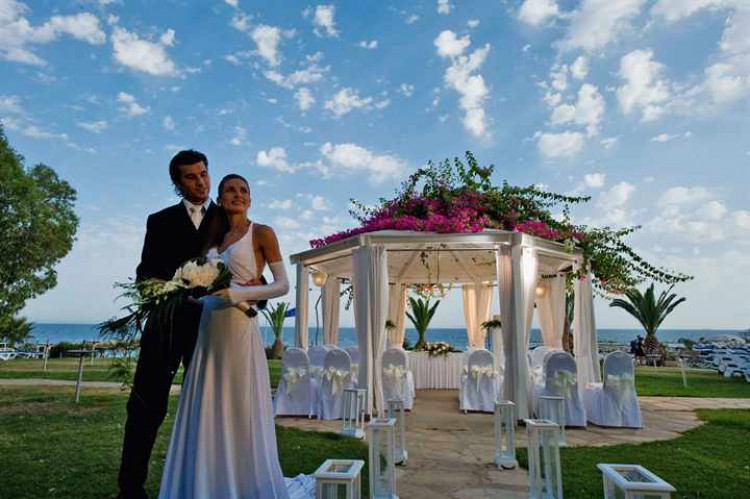 свадьба-на-кипре-в-отеле