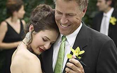 Муж подарил жене сексуального партнера — pic 12
