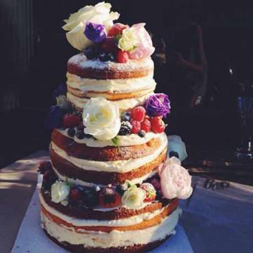 Голый торт на свадьбу - как выбрать или сделать самим