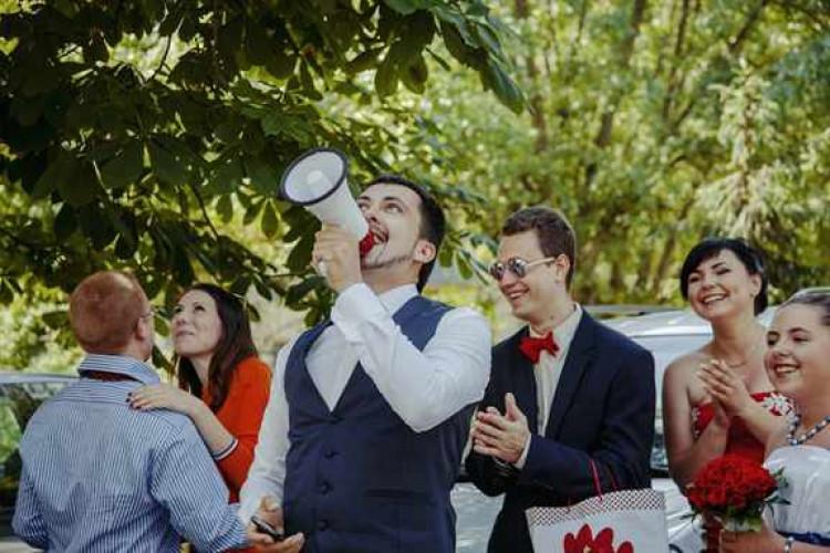Жених отдал свою невесту друзьям фото 20-303