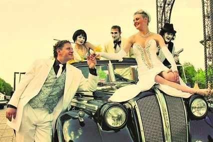 Выкуп невесты в стиле девяностых (90х )- подготовка, реквизиты, сценарий и видео процесса