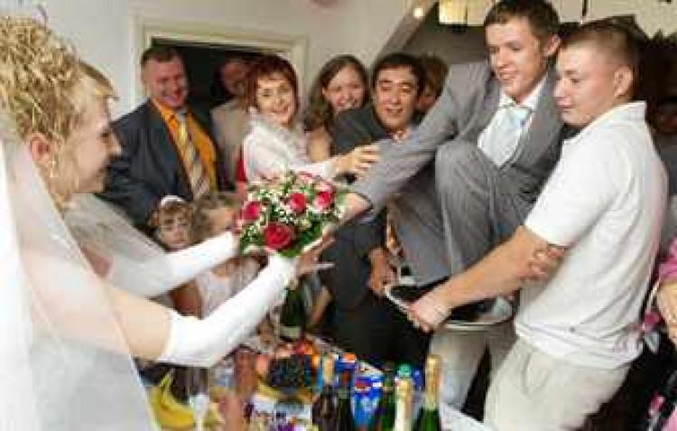 Чем заменить выкуп на свадьбу