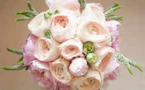 Букет из ранункулюсов свадебный, букет принцессы дианы